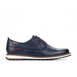 Zapato de caballero marino...